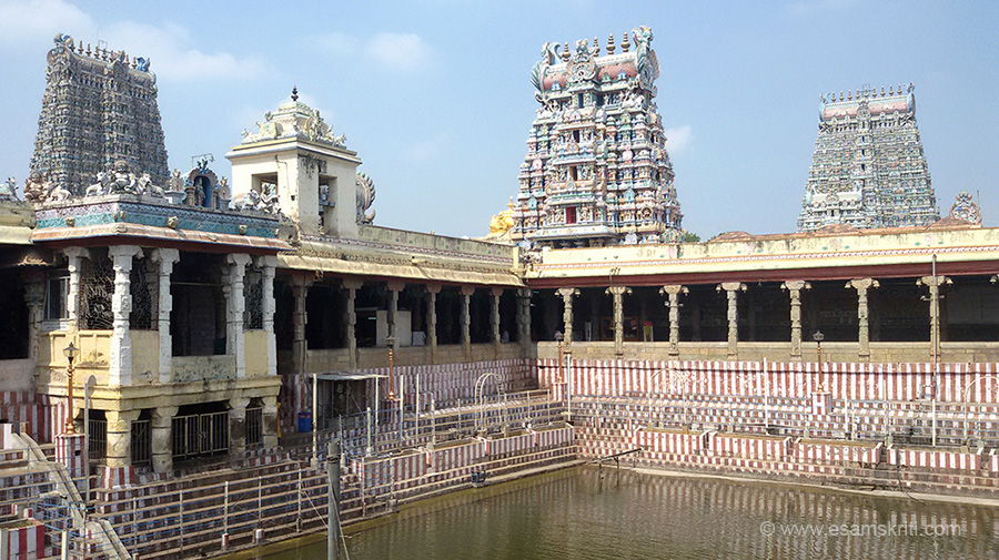 Meenakshi Temple Inside