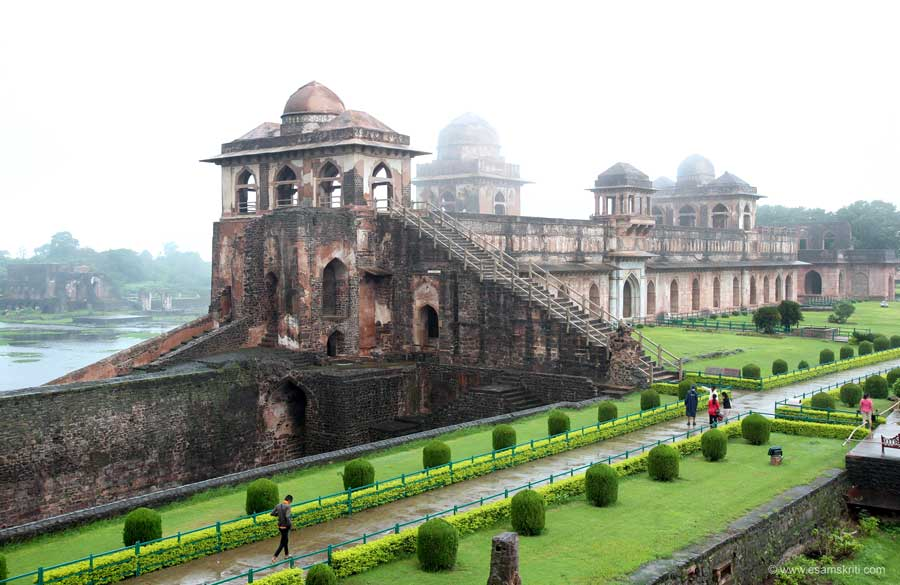 MANDU in the RAINS